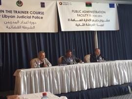ضباط من جهاز الشرطة القضائية يشاركون في برنامج تدريبي بتونس
